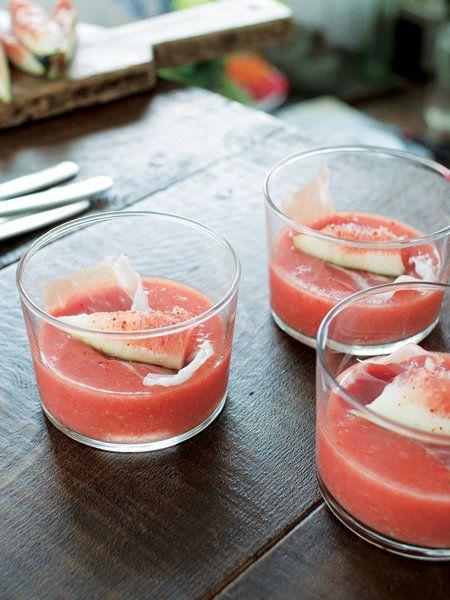 Recipe:トマトのスープ バスク風/ミキサーで混ぜるだけの、おもてなしの味方! #レシピ #elleatable