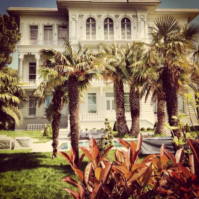 İstanbul historical architectureEski Turk, Inspiration Architecture, Favorite Places, Endroits Favoris, Jenny House, Awe Inspiration, Historical Architecture, Turkey Türkei Türkiye, I Stanbul Historical