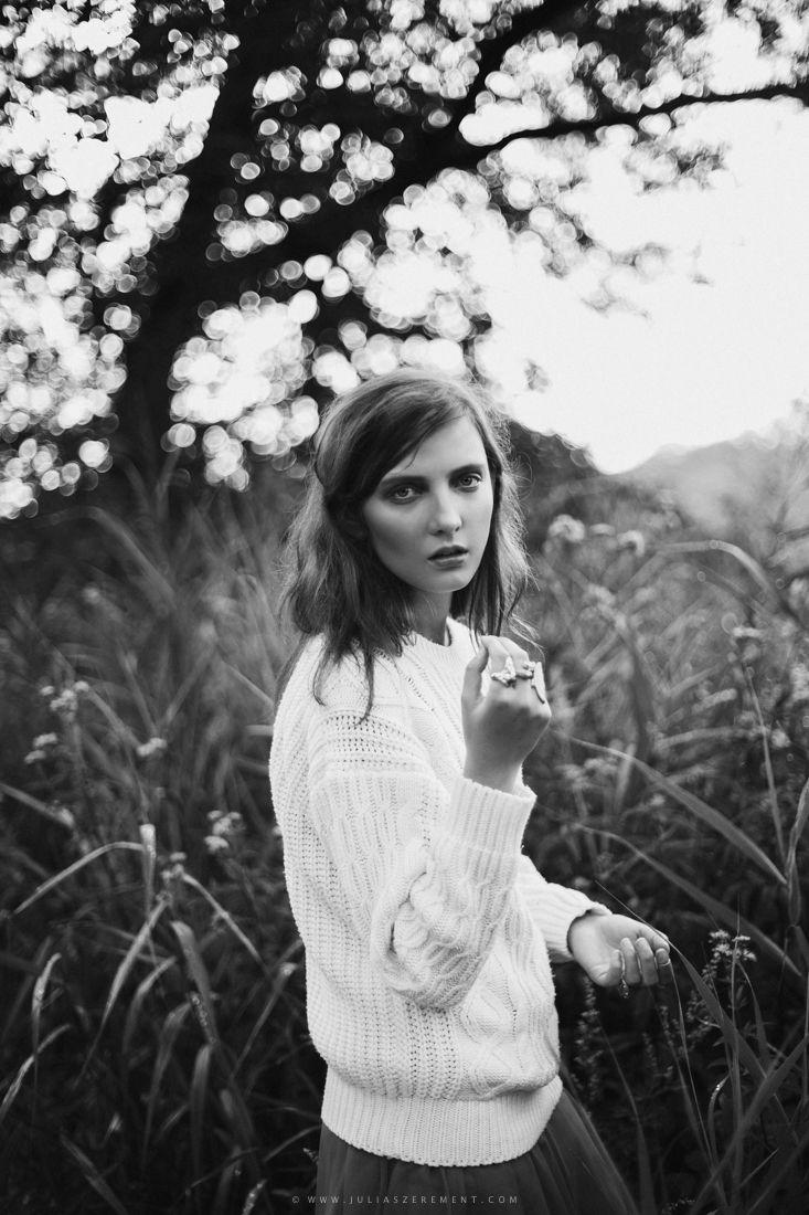 PH: Julia Szerement Model: Dominika Borowicz Stylist/Make-up: Dominika Szatkowska