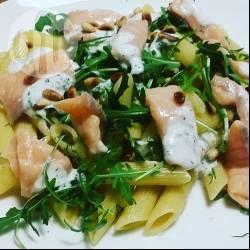 Makkelijk recept voor 1 persoon: pasta met zalmsnippers