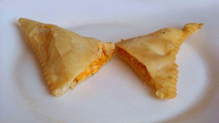 ⌚16:00 ~ BUON POMERIGGIO 유 con i BARBAGIUAI ravioli fritti con ripieno di riso, zucca e formaggio, tipici dell'entroterra di Ventimiglia. Il nome deriverebbe da uno zio (barba in ligure) Giovanni (Giuà), inventore della ricetta. Nel Principato di Monaco si chiama Barbagiuan #ItalianFood #cucinaitaliana #piattiitaliani #piattitipici #FoodBlogger #CarnevaliLuigi  https://www.facebook.com/terreLAMBRUSCO/?fref=ts https://twitter.com/luigicarnevali https://www.instagram.com/carnevaliluigi/
