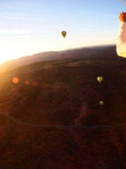 セドナに浮かぶ気球