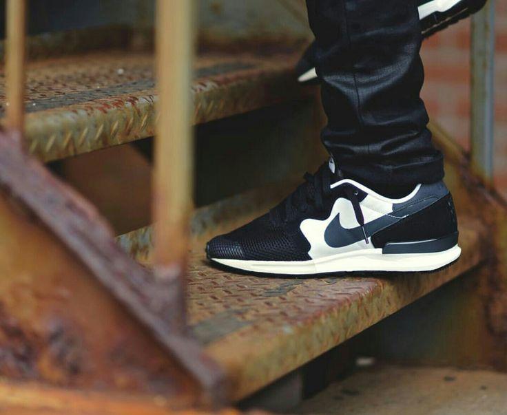 36 Mejor Neakers Imágenes En Zapatos Pinterest Nike Zapatos En Nike Zapatos De Tenis e57034