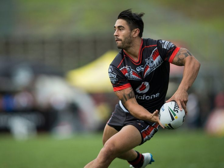 Are the Warriors faltering because Shaun Johnson is not performing - or is Johnson struggling because his team is playing below par? - New Zealand Herald