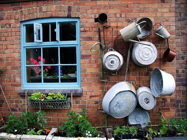 Garden Art -     At The Thomas Shop, Wales