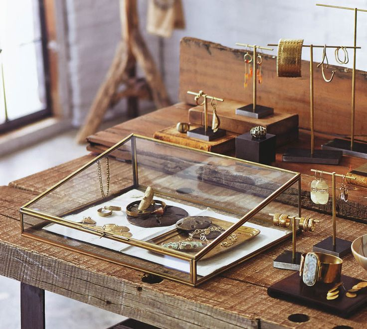 Best 25 Glass Display Case Ideas On Pinterest Display