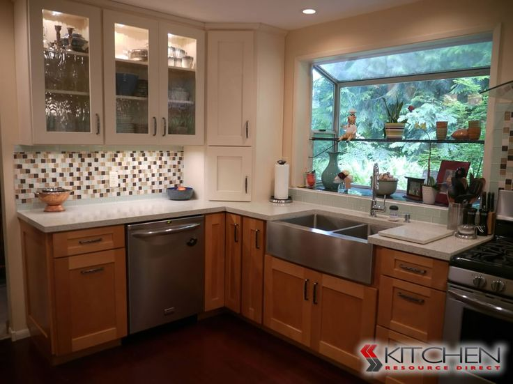 Shaker shaker ii photo gallery discount kitchen for Shaker kitchen cabinets wholesale