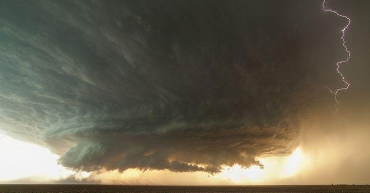 Fotógrafo captura fenômenos climáticos extremos no sul dos EUA - Fotos - Ciência