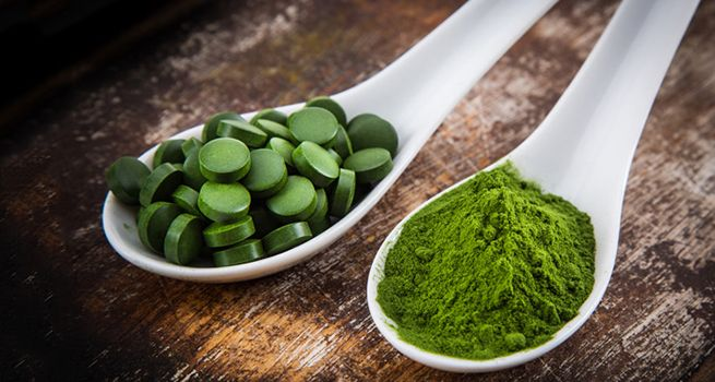 What is #spirulina? The blue-green algae that tastes sort of like pond scum gets mixed reviews on its health benefits.