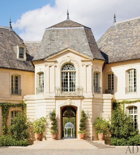 French-Inspired Houston Mansion. This house knows how to make an entrance!