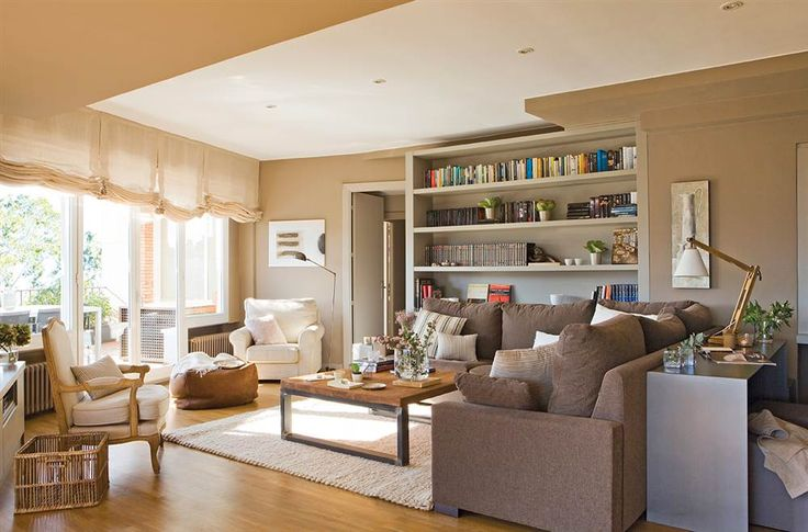 salon-con-sofa-en-l-y-libreria-a-medida_1000x660_c9b8722d.jpg 1.000×660 píxeles