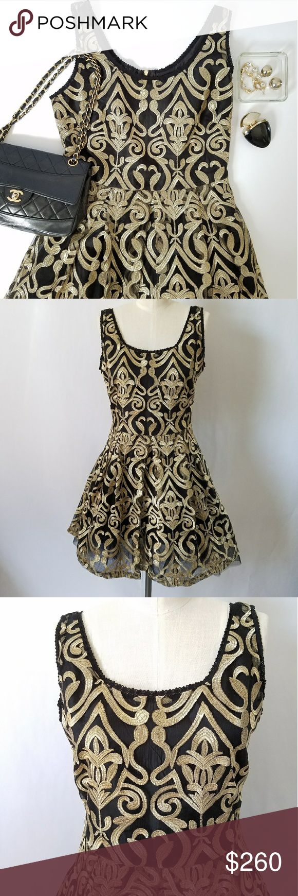 NWT Romeo + Juliet Couture Gold Brocade Dress ✴30% OFF BUNDLES OF 3 OR MORE✴ Rich Black and Gold Brocade Delicate eyelet lace trim at neckline and sleeves Natural waist with full skirt 3 layers of tulle for extra fullness Gold exposed center back zipper Fully lined  PLEASE READ CLOSET INFO AND POLICIES POST Romeo & Juliet Couture Dresses
