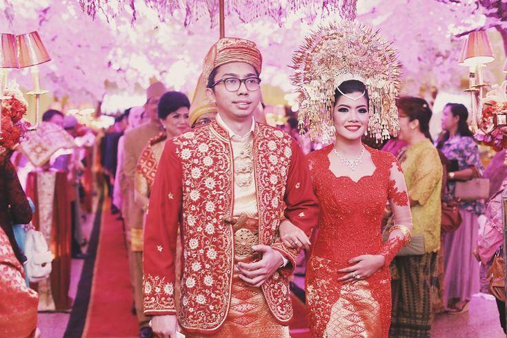 Red and Gold Minang Wedding of Inda and Dani - Antijitters_Photo_minang_wedding_0064