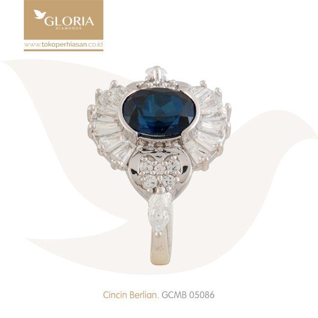 Cincin Emas Putih Bentuk Hati Markis Mata Zubic Zerconia Putih Biru. #goldring #goldstuff #gold #goldjewelry #jewelry #engagementring #perhiasanemas #cincinemas #tokoperhiasan #tokoemas