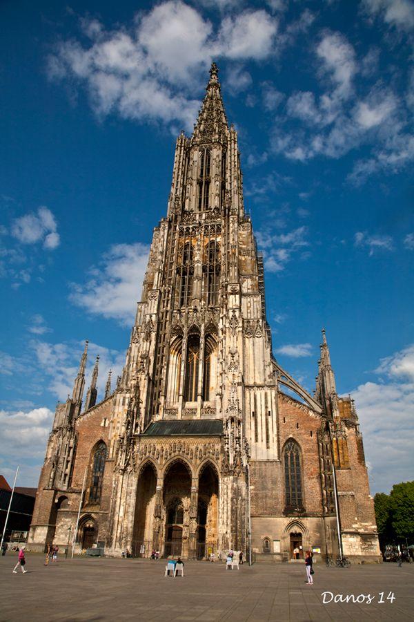 Ulmer Münster, is a Lutheran church n former Roman Catholic church located in Ulm, Baden-Wurttemberg_ West Germany