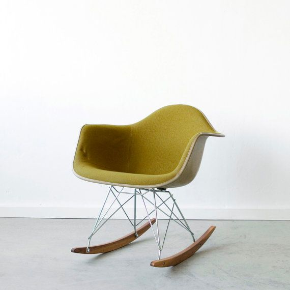 Fauteuil eames id es inspirations d co pinterest for Fauteuil eames rocking chair