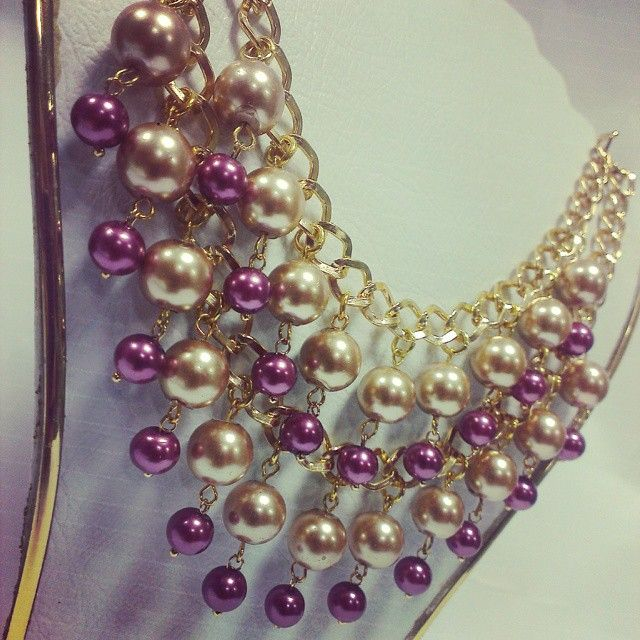 Love Gold!! <3 #pekascreaciones #bisuteriafina #bisu #bisuteriaartesanal #bisuteria #biju #bijuteriasfinas #bijuteria #jewerlydesign #jewelry #jewerlymaking #hazlotumismo #inspiration #beas #perlas #cristal #tupis #abalorios #jewel #beutiful #collaresdemoda #collares #moda #estilo #beuty #cadenas #cadenasdoradas #lovegold #instajewelry #perlas #collares #dorado