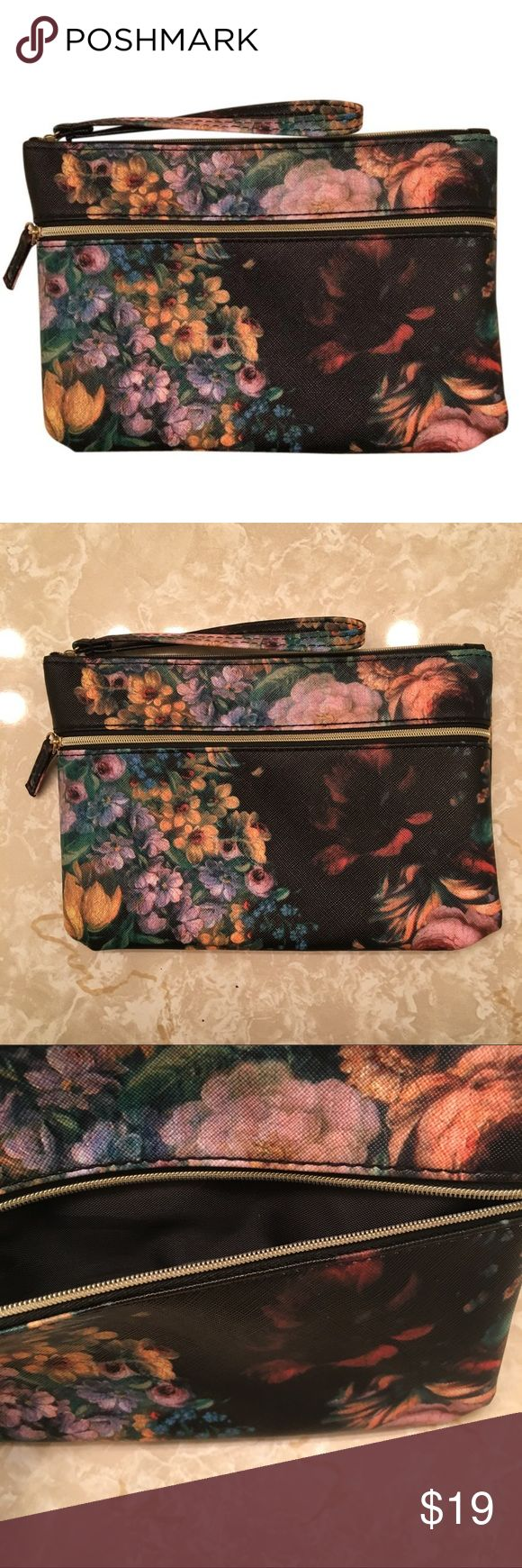 ✨ Floral Clutch Bag Floral Clutch Bag ShopChloeJean.com Bags Clutches & Wristlets