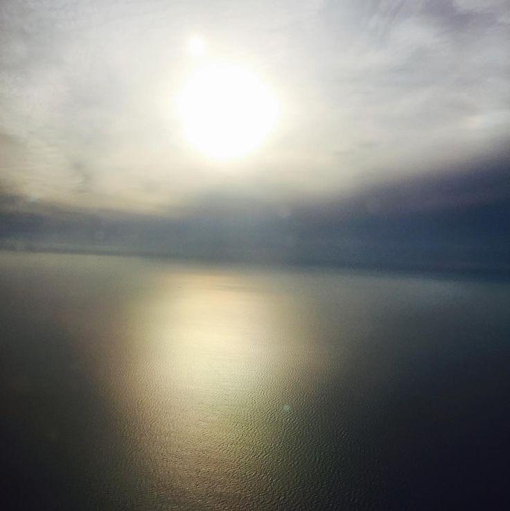 #nofilter deklanşöre basınca bazen güzel fotolar ortaya çıkıyor ����☺️ #foto#fotoğrafheryerde#art#instaphoto#sanat#sanatsokakta#deklanşör#canon#uçak#airplane#türkhavayolları#germany#deutschland#turkey#istanbul#marmara#güneşbatımı#deniz#sea#instagood#instacool#instalike#instatravel#like#like4like#likeforlike#hello#merhaba#hallo#nofilter http://turkrazzi.com/ipost/1517429863064993472/?code=BUO_mu3jv7A