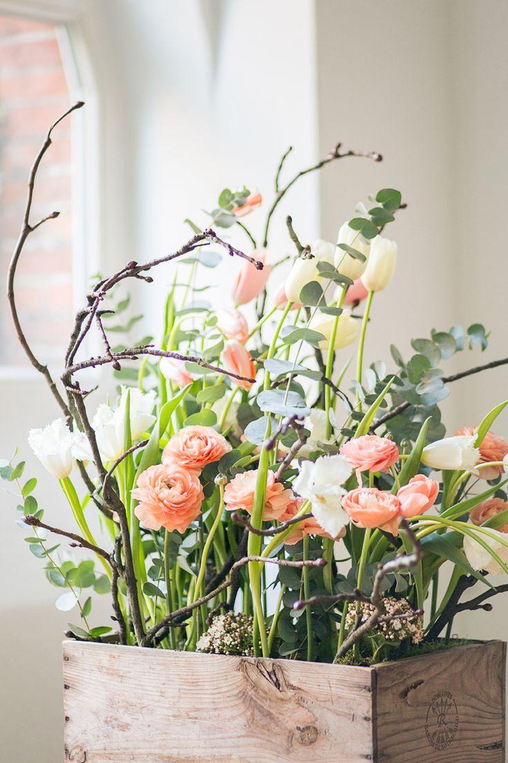 Hochzeitsblumen Tulpen und Ranunkeln Frühling, Retro Flowers spring | Friedatheres.com @Lichterstaub  www.blumig-heiratende