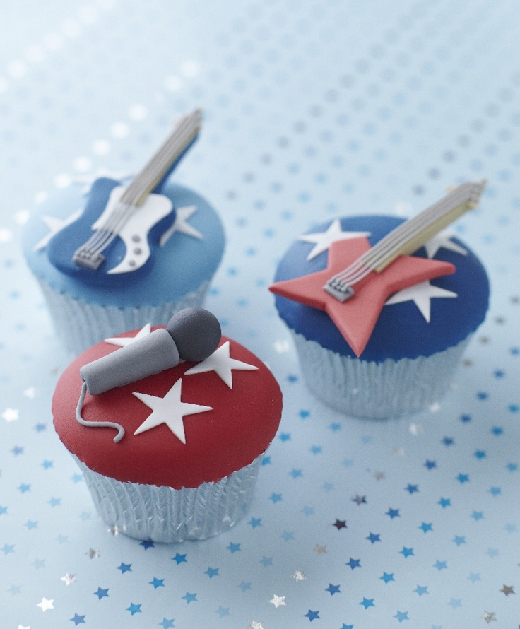 Cake Decorating Pop star Cupcakes Mic-Guitars