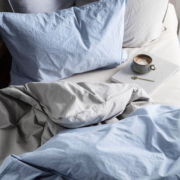 Monday blues wishing I was here with coffee knitting and my not so little 'little ones' but Monday means work and lots of other people's little ones to bring a smile to my face instead - enjoy your day whatever you're up to. // Cosy night//  credit @fermliving ( # @nordicstyle_inspiration via @latermedia )  #mondayblues #mondayvibes #mondayfeels #starttheweekright #bedtimestories #onthebed_project #coffeeandseasons #lazydays #havetowork #momentsofmine #shadesofblue #timeforwork…