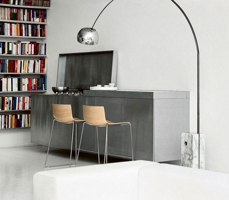 Arco Lamp – A Mid Century Marvelous Design. Read full blog here https://www.barcelona-designs.com/blogs/news/arco-lamp-a-mid-century-marvelous-design?utm_content=buffer10fe5&utm_medium=social&utm_source=pinterest.com&utm_campaign=buffer #blog #arcofloorlmap #floorlamp #lamps #interiordesign #midcentury #homedecor #midcenturyfurniture