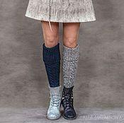 Купить или заказать Валяная юбка Линда в интернет-магазине на Ярмарке Мастеров. Валяная юбка из шерсти английской породы Blue Faced Leicester с добавлением шёлка Малбери. Классическая, удобная, лаконичная, лёгкая и тёплая. Прекрасно подходит для каждого дня и для особых событий. На молнии, подкладка- плотная вискоза. Валяный шнур, вставленный в кулису, позволяет регулировать размер и носить юбку на талии и на бёдрах. Для создания нового образа предлагаю носить валяную юбку с…