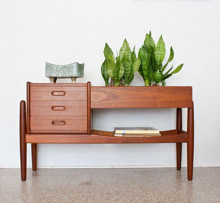 Best 25 danish modern furniture ideas on pinterest for Vintage danish modern bedroom furniture