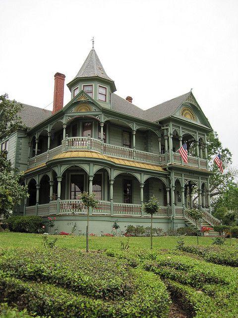 Victorian style Wood-Hughes House, Brenham, Texas (now a B).  Photo: QuesterMark, via Flickr
