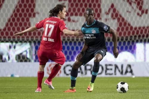 Domper PSV bij FC Twente: 2-2