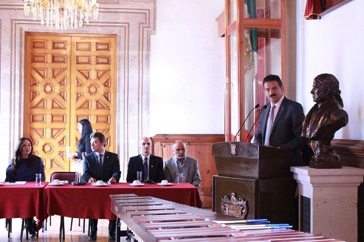 El titular de la SEMARNACC, Ricardo Luna García, participó en la inauguración de la Tercera Semana Estatal del Medio Ambiente, organizada por la Facultad de Biología de la UMSNH – ...