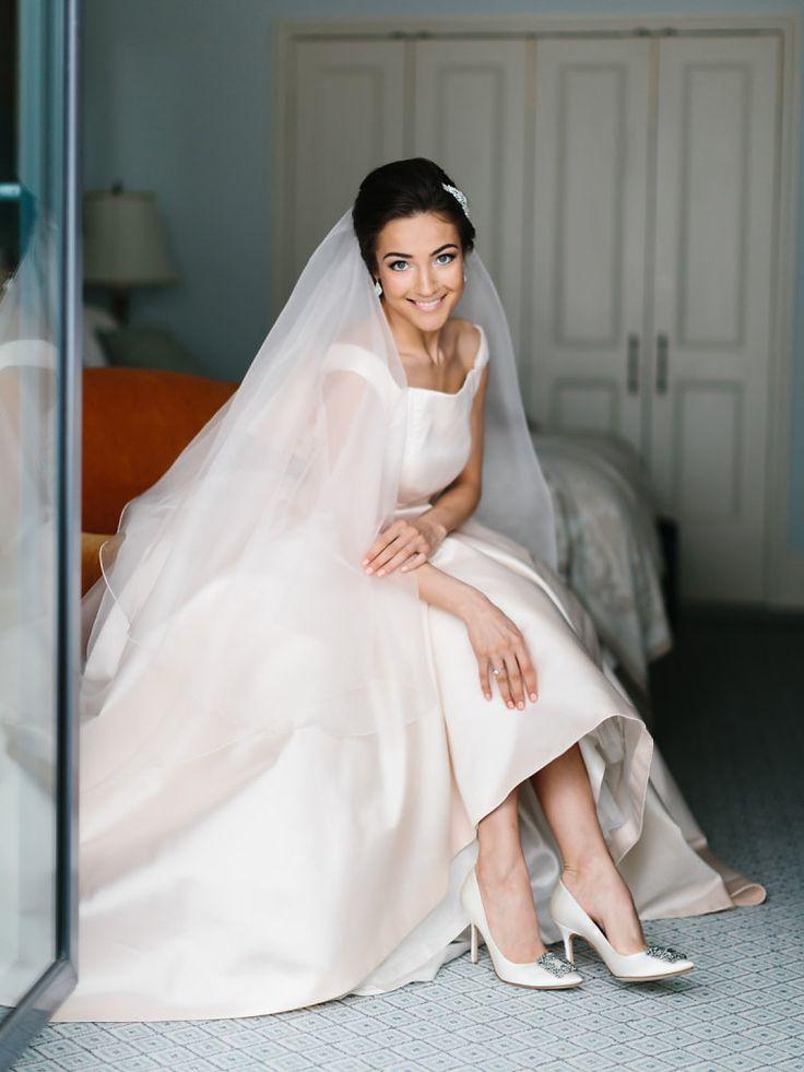 Невеста в платье Antonio Riva