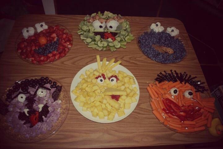 Fruit and veggie trays kid parties ideas pinterest