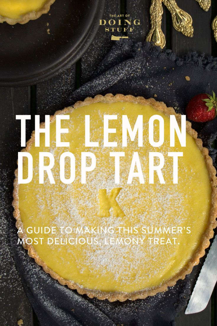 This is the most delicious dessert for the summer season. Fresh and tart and bright tasting, this lemon curd filled crust is also rich and creamy. SO good.