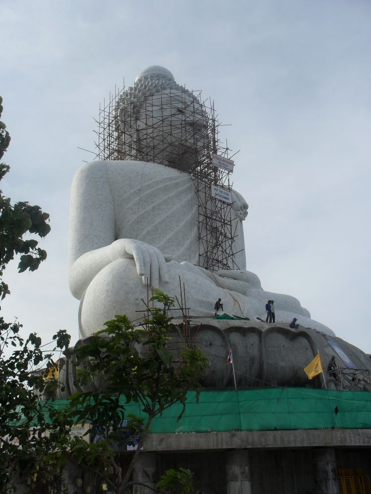 Phuket's Big Buddha is one of the island's most important landmarks. It is 45 metres high and is easily seen from far away.