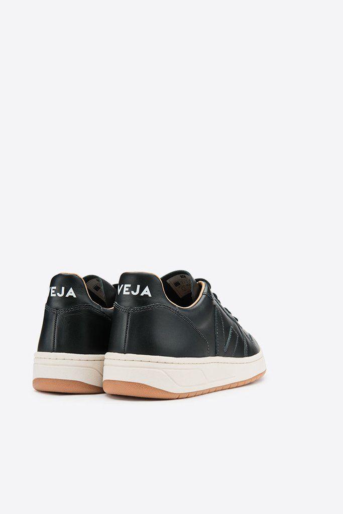 258bc8d510 Veja Men s V10 Bastille Leather - Black Natural Outsole