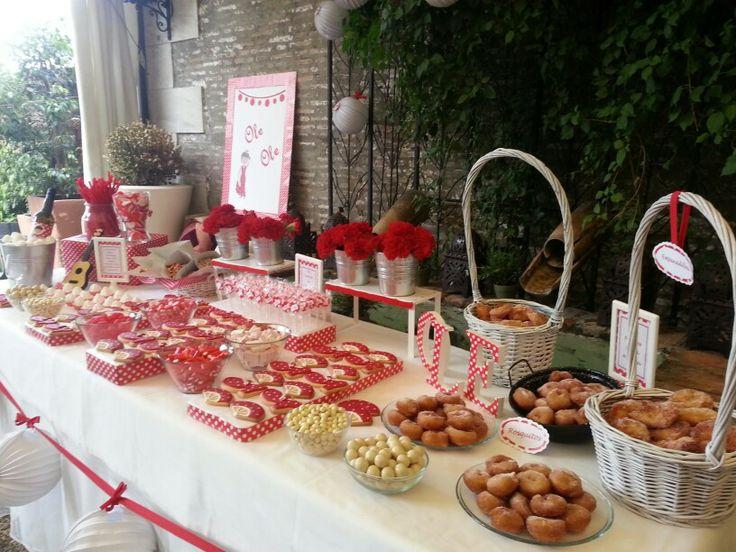 Dise o y decoraci n de eventos sevilla mesa dulce for Adornos d mesa para boda