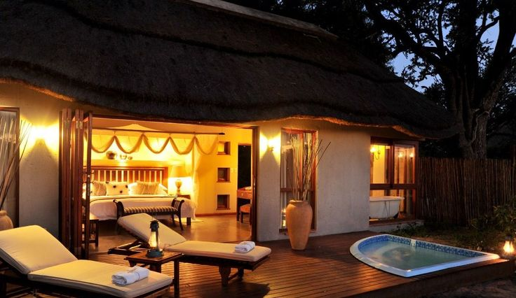 Luxury bush lodge