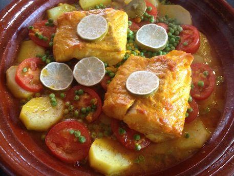 Tagine-Tajine met vis, tomaten en erwten