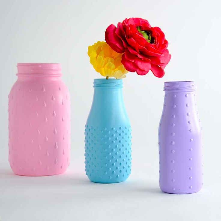 How to paint on glass bottles tutorial
