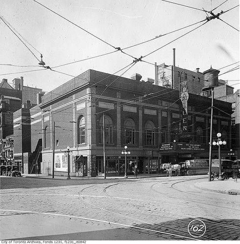 Tivoli (Allen) Theatre, southwest corner of Richmond and Victoria streets | by Toronto History