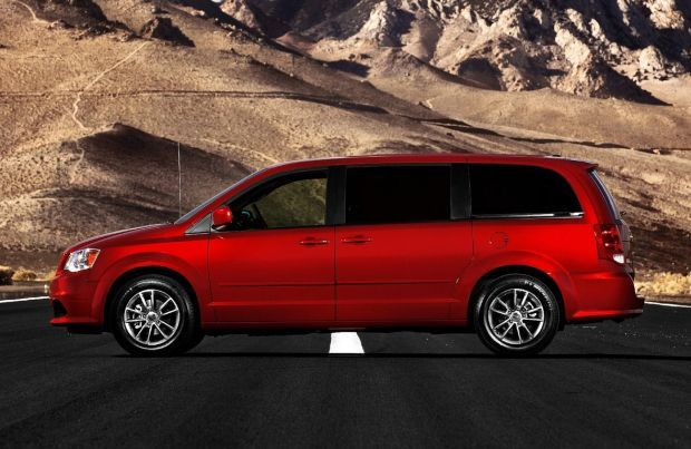 http://releasedatenews.com/2016-dodge-grand-caravan-price-and-specs/ Dodge Grand Caravan has been produced since 1984 and for its thirtieth year anniversary, it received its last redesign. Fiat/Chrysler plans to discontinue its long-serving 4-door minivan late in 2016 as the market stagnates for a long time now. The 2016 Dodge Grand Caravan model will thus be the last of the fifth generation (and of the Grand Caravans overall), and the last chance for you too to get your hands on one of…