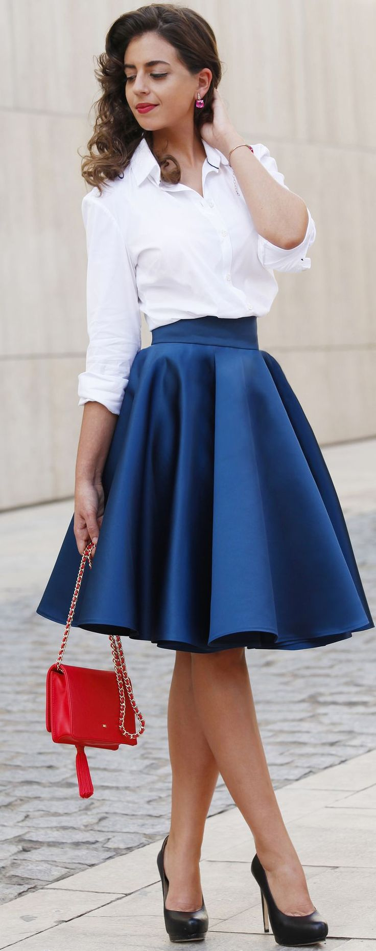 black heels white buttonup blue askirt fall street style