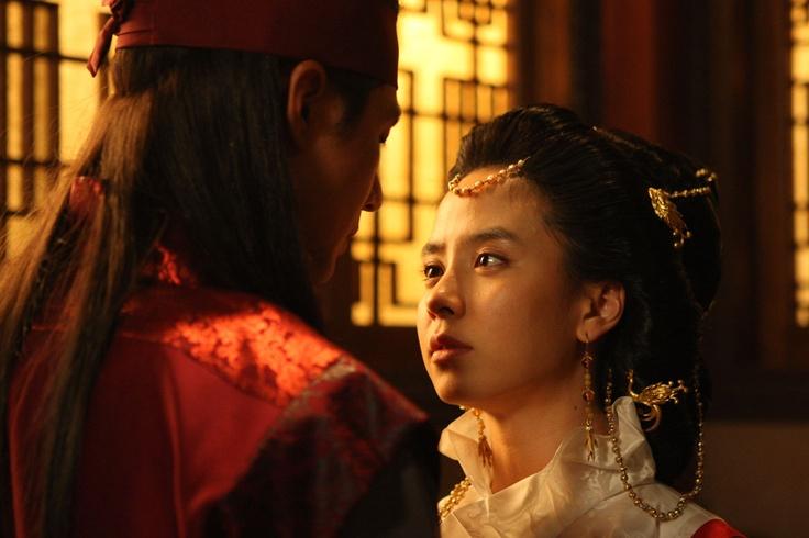 Jo In Seong and Ji‑hyo Song - A Frozen Flower