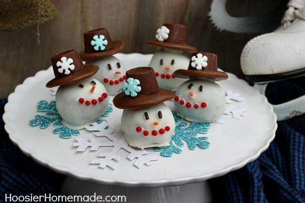 Snowman OREO Cookie Balls:: Recipe and Instructions on HoosierHomemade.com