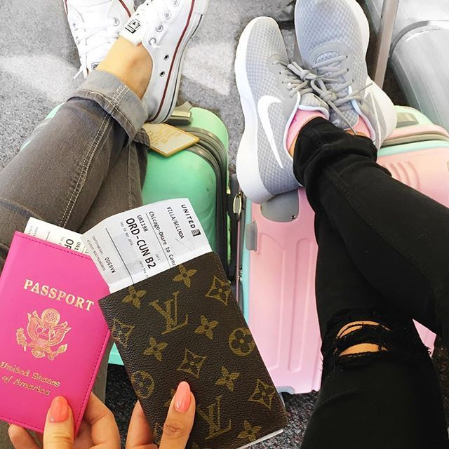 Time to add stamps to our passports ✈️ @ashleyannstyle  #travelers #Bestiecation #vacation #cancun #explore