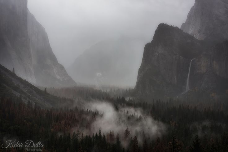 Straight out of Game of Thrones! Yosemite CA [1600x1068]