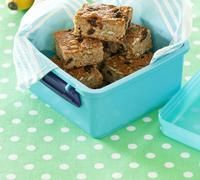 These muesli slices are yummy and full of nutrition, your kids will love the sultanas and seeds. Preparation: 15min. Cooking: 20min. Makes: 16