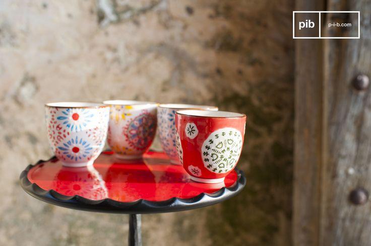 Begin de vroege ochtend in de keuken met een kopje koffie in een van deze kleurrijke espresso kopjes!